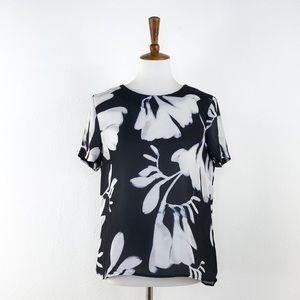 H&M Black & White Short Sleeve Floral Print Top